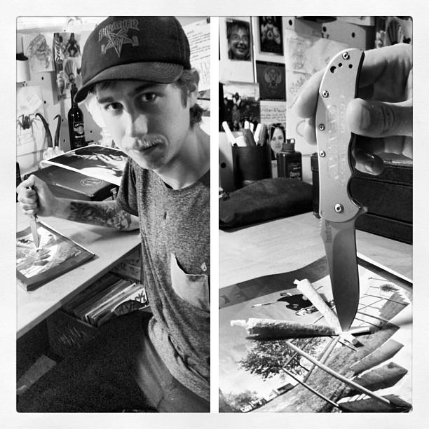 David Gravette with his Independent Trucks Thrasher Magazine AD and custom team knife!