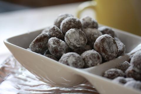 Chocolate Snow Balls | Sukamasak - Aneka Resep Makanan | Resep Masakan Indonesia | Berbagi Aneka Resep Favorit Anda