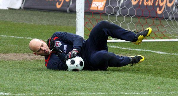 Marcus Hahnemann training in Krakow