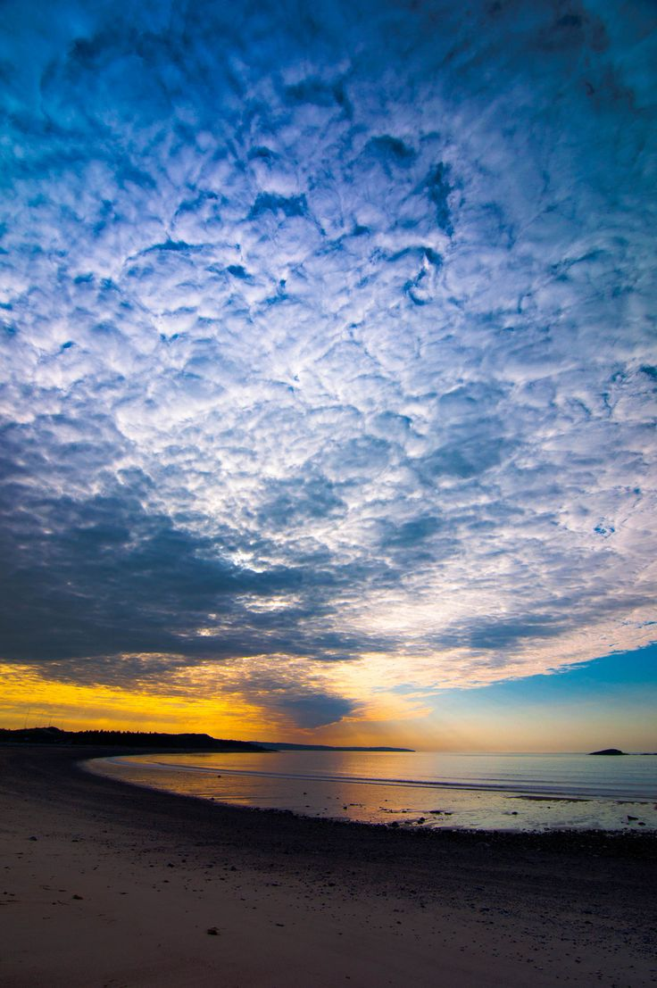 Sunsets over the Fundy shore. | 34 Reasons The Maritimes Is The Best Place On The Planet
