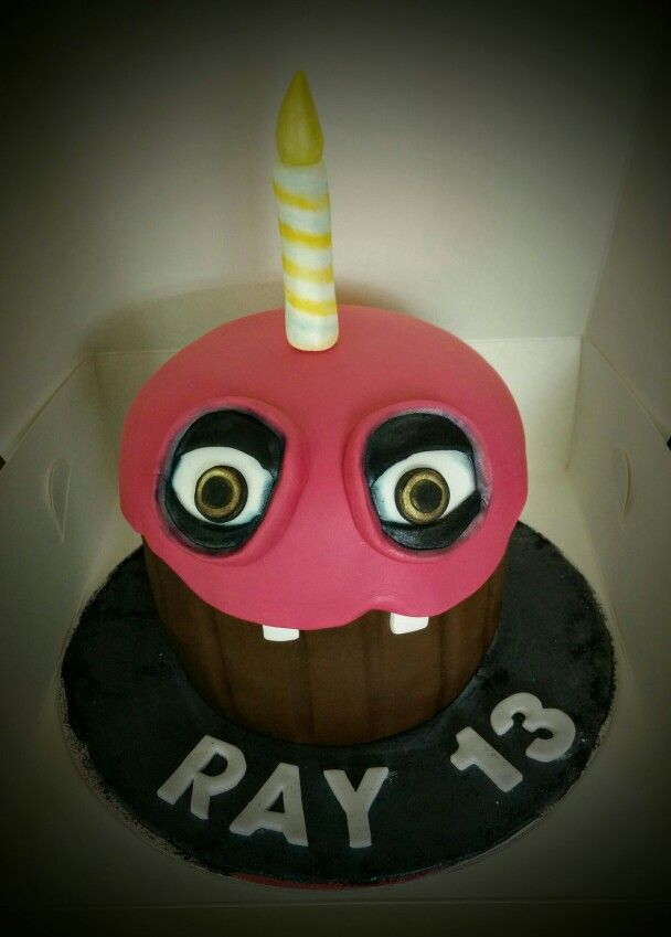 #fivedaysatfreddys Cupcake