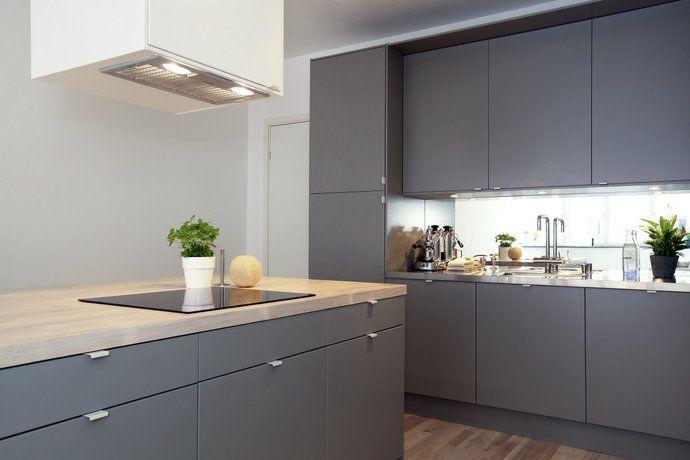 Snyggt kök med luckor, bänkskiva och golv! Bilder, Kök/matplats, Grått…