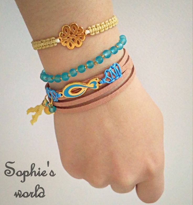 armparty bracelets χειροποίητα βραχιόλια, για σούπερ καλοκαιρινές εμφανίσεις #armparty #bracelets #handmade #turquoise #suede #makrame https://www.facebook.com/Sophies-world-712091558842001/