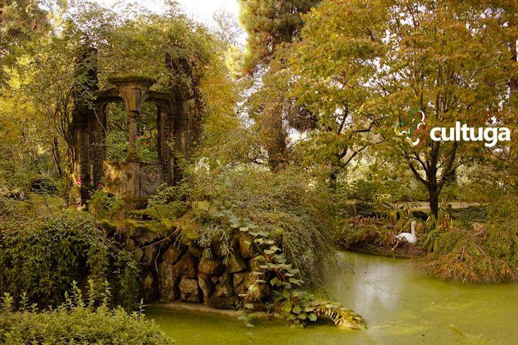 Jardim romântico da Quinta da Aveleda, no norte de Portugal. Vinícola que produz vinhos verdes.