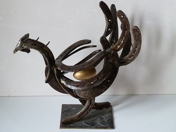 Image gallery horseshoe art projects for Shoe sculpture ideas