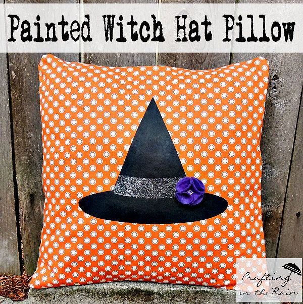 Halloween Pillows   Crafting in the Rain