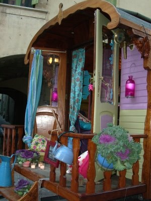 I want this Gypsy Caravan for my summer home