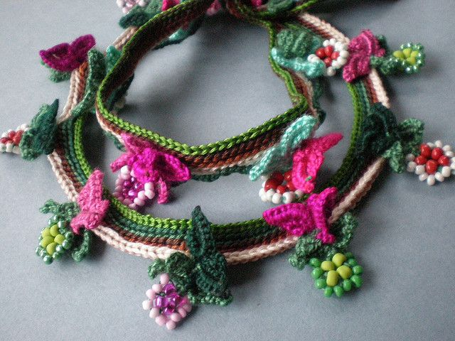Garden of Eden Freeform Crochet Necklace | Flickr: Intercambio de fotos