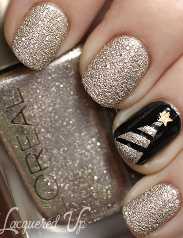 Classy gold sparkle Christmas nails