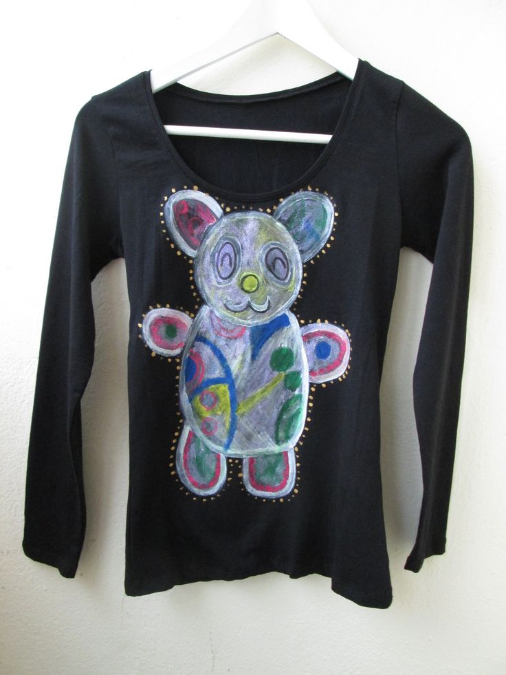 Teddy Bear painted on t-shirt
