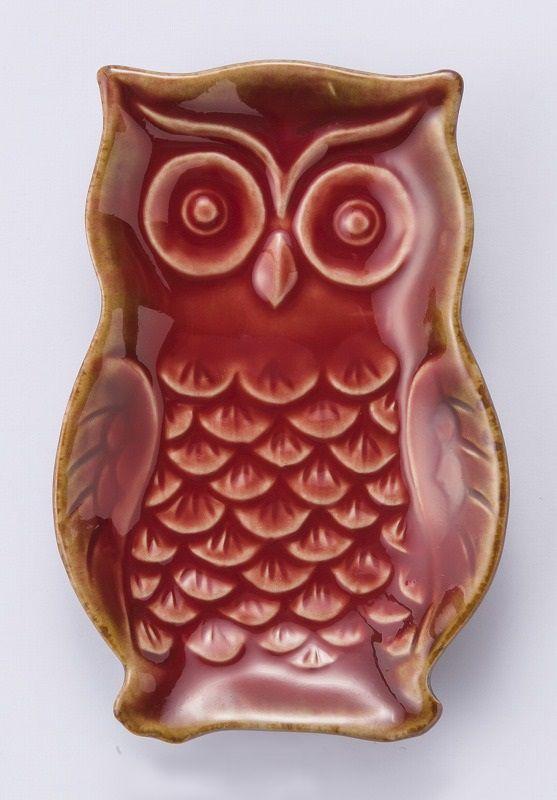 Litet fat i form av uggla Röd via MoguMogu. Click on the image to see more!