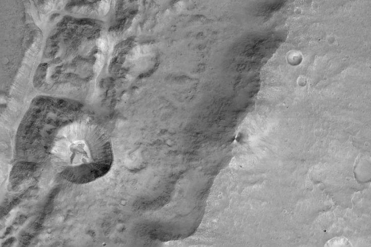 Contemple!O novo veículo orbital de Marte da Agência Espacial Europeia enviousuas primeiras imagens de alta resolução do planeta vermelho, e a vista é incrível. O ExoMars Trace Gas Orbiter (TGO) …
