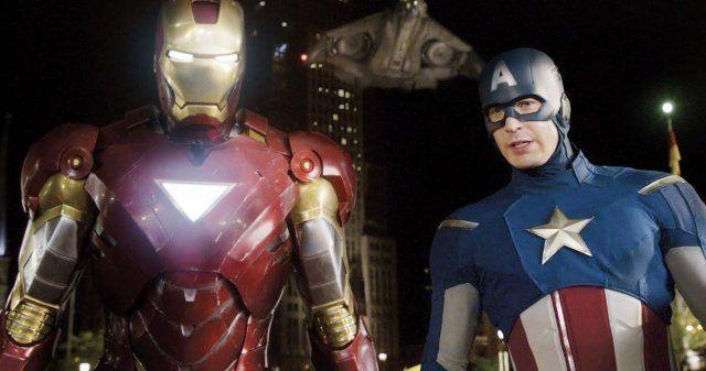 Endgame Motion Figures Present Captain America Iron Man In Quantum Costumes Actual Captain America Iron Man Captain America Avengers Movies