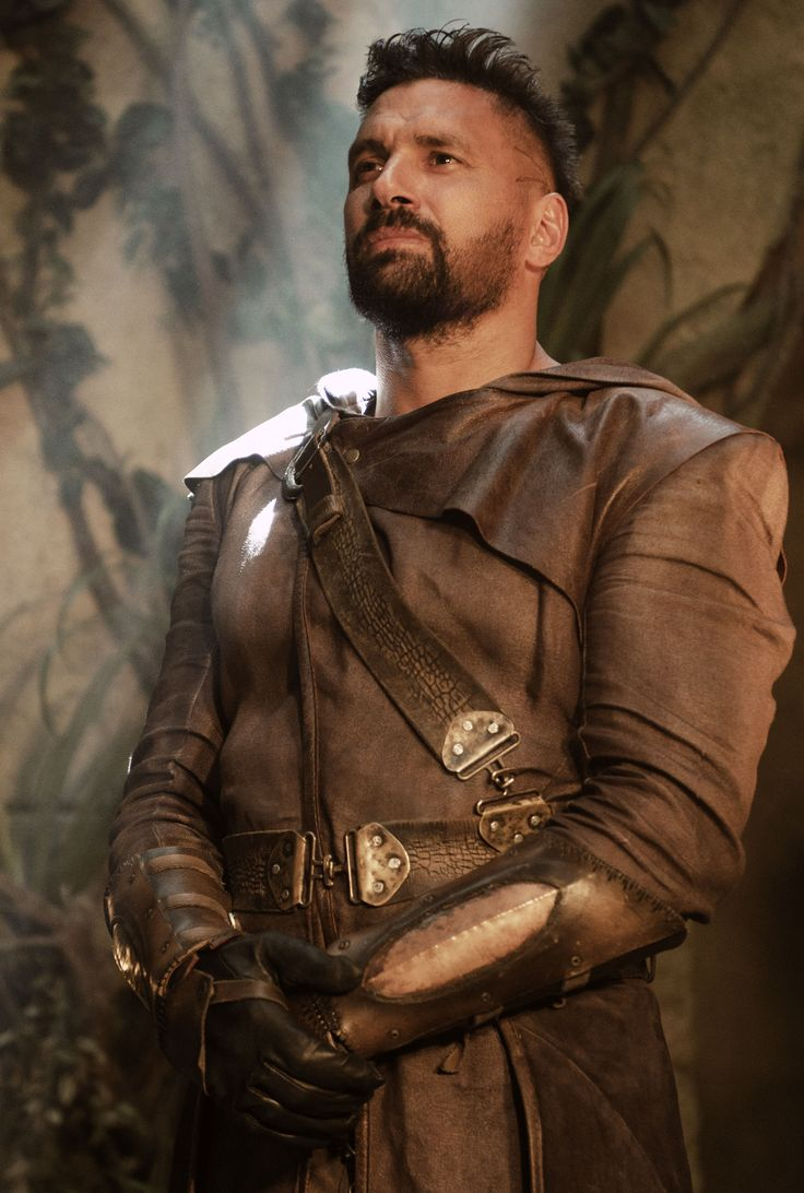 The Shannara Chronicles - Allanon the Druid played by Manu Bennett, 2016.