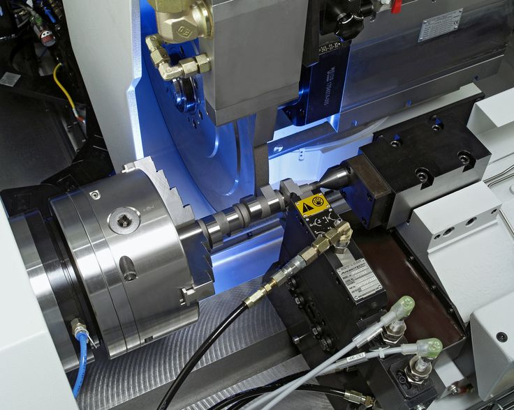 #emag Complete-machining with two slides and four spindles #camshaft #crankshaft
