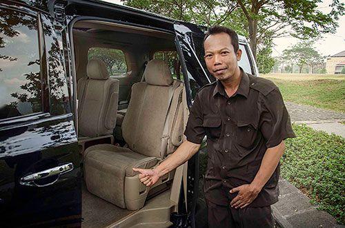 Apakah anda mencari tempat sewa mobil di surabaya? Jika ya, bacalah beberapa tips dibawah ini ketika anda ingin mencari tempar sewa mobil yang aman.  https://storify.com/andreyraharja/5-cara-aman-memilih-tempat-rental-mobil-untuk-kebu