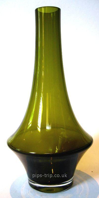 1970s Riihimaki/Riihimaen (Finland) Olive Green Glass Vase by Tamara Aladin
