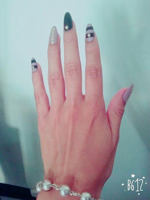 Mi diseño... Mis uñas