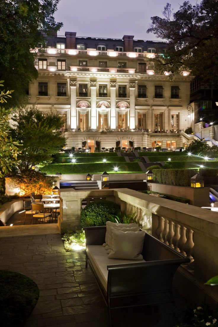 I was lucky enough to stay at the Palacio Duhau in Buenos Aires.  It is a five star hotel that pays attention to detail and also has an amazing history. Palacio Duhau is part of the Park Hyatt chain andContinue Reading