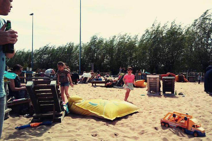Lekker op het strand. Gewoon in de stad. #breda #belcrumbeach