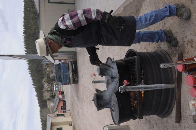 Best 25+ Cowboy fire pit ideas on Pinterest | Cowboy grill ...