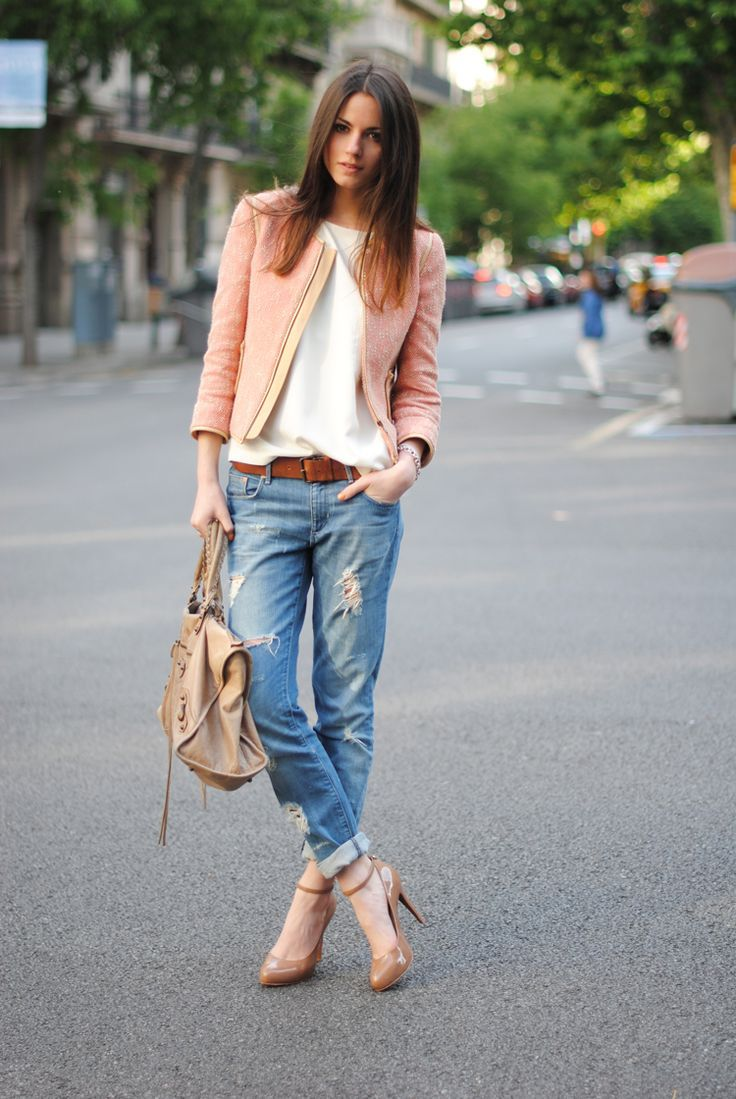 Love the jacket / transition into fall