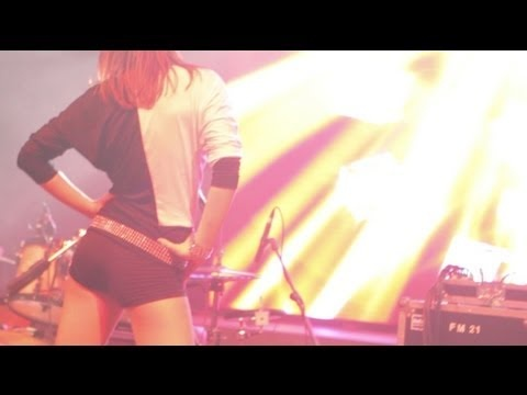 "EDDY WATA • ""Superstar"" • Official Video  (Ⓟ © RNC Music, 2012) -    https://itunes.apple.com/it/album/superstar-single/id558024529"
