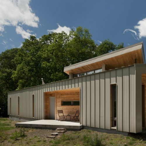 THE RIDGE SHIPPING CONTAINER HOUSE