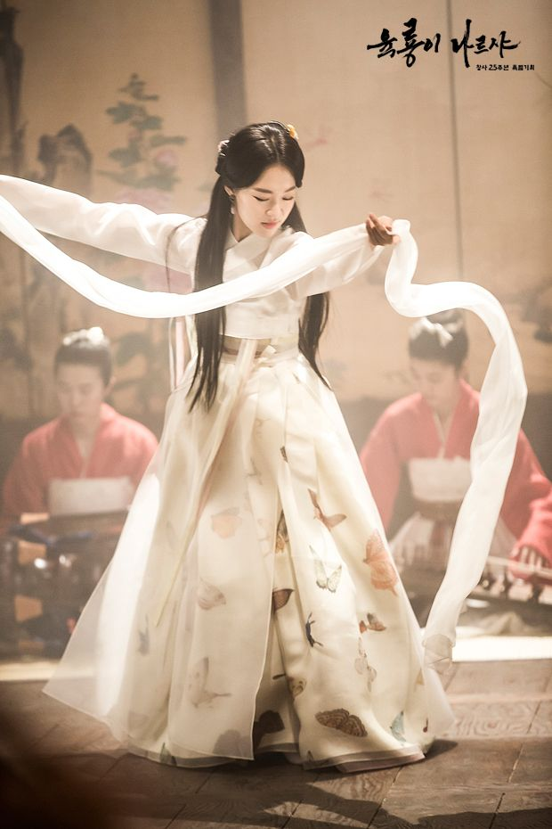 Drama Six Flying Dragons. Korean traditional clothes #hanbok