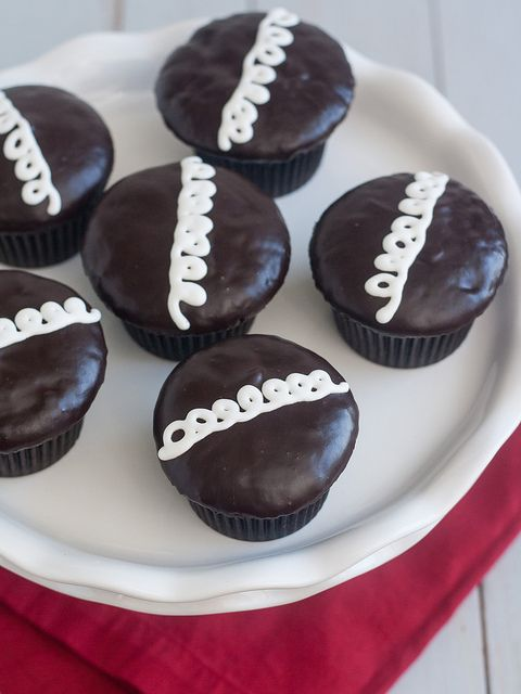 Homemade Hostess Cupcakes by Tracey's Culinary Adventures