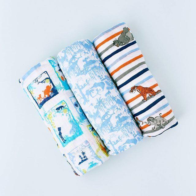 """👍 Uno de los regalos más útiles cuando nace un bebé es una selección de Muselinas, porque sirven para: ✓Tapar al bebé en el carrito.  ✓Acurrucar al bebé cuando lo llevas en brazos.  ✓Colocarla en el suelo a modo de toalla o mantel.  ✓Limpiar las babitas del pequeño. ✓Como cambiador. 💁 Mira mis cajas de regalo para bebés en el enlace de mi bio👆  y luego en la pestaña """"BEBÉ""""  💚 Escríbeme por WhatsApp para cualquier duda: +34 663 00 59 66    #"""