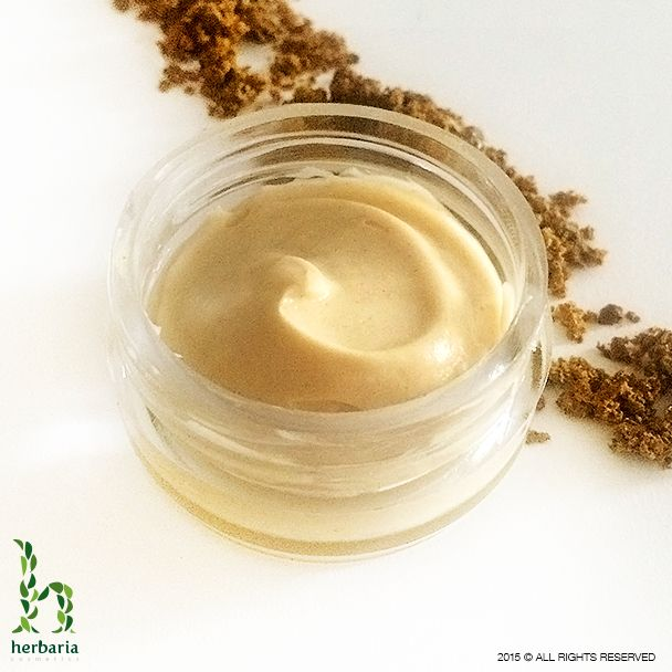 Cream with 5 % propolis regeneration on a daily