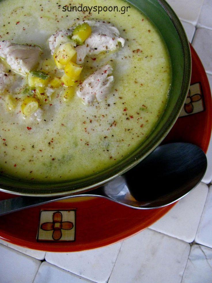 Σούπα με κοτόπουλο, καλαμπόκι και πράσο • sundayspoon