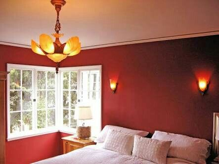 Extravagant red and white bedroom decor ideas with blossom ceiling lamps
