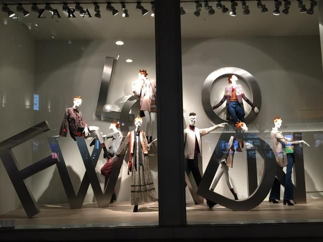 """ZARA,Oxford Street,London, UK, IT'S HERE: """"LFW: London Fashion Week"""", pinned by Ton van der Veer"""