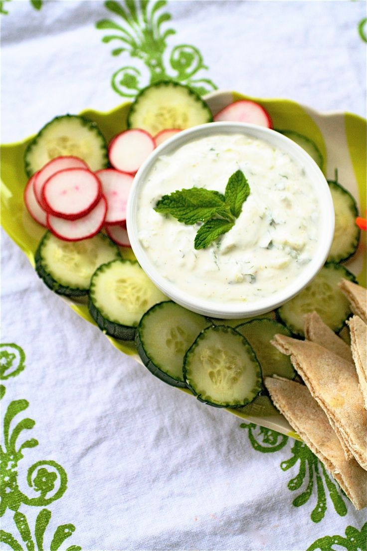 dip - delish!!: Food Dips Sauces, Healthy Eating, Greek Yogurt Dips ...