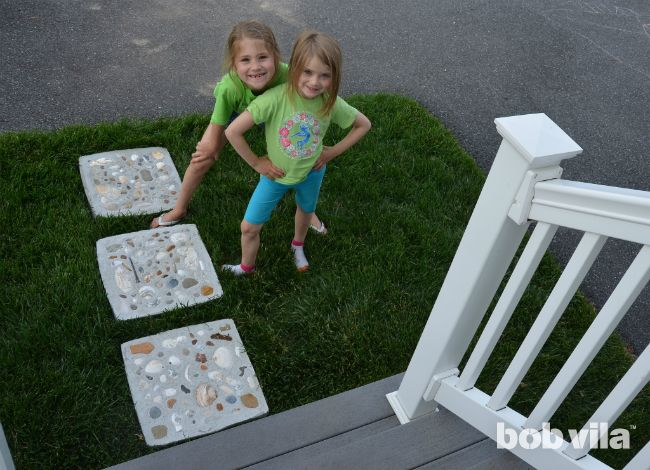 DIY Stepping Stones - Craft with Kids