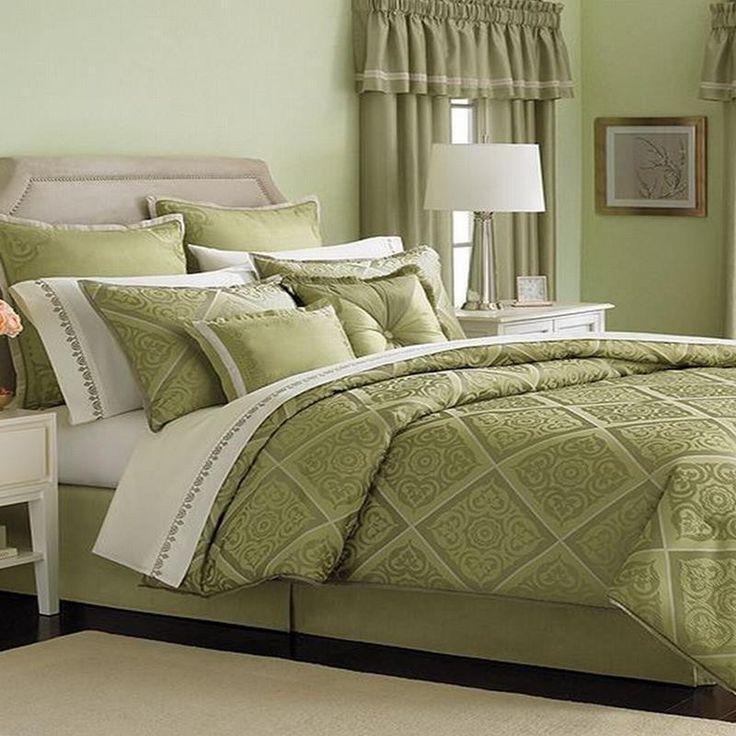 Martha Stewart Collection 24 Pc Queen Comforter Set