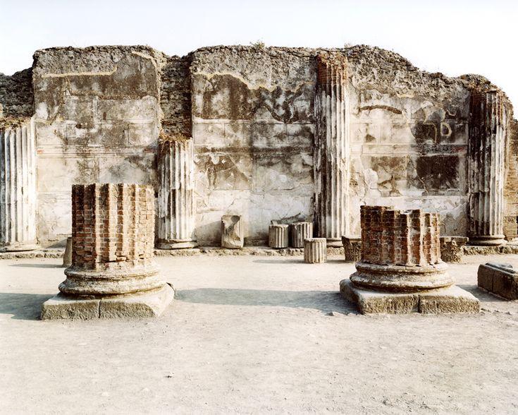 Pompei, 2000. - (Claudio Sabatino)