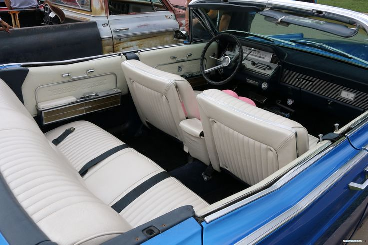 Lincoln Continental. As shown at the October 2014 Leander Auto Show in Leander TX USA.