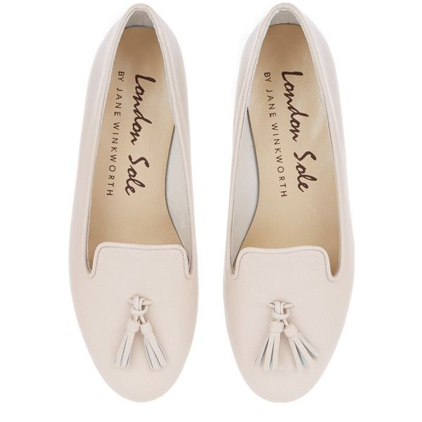 Nude Leather Ballet Flats (4,175 MXN) ❤ liked on Polyvore featuring shoes, flats, flat shoes, ballerina shoes, ballerina pumps, skimmer flats and ballet flats