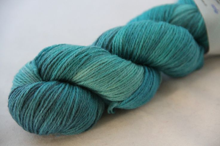 Rosy Green Wool Handdyed by Spinnwebstube.