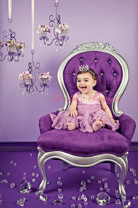 how to make a queen throne chair wedding covers newcastle best 25+ princess ideas on pinterest | victorian chair, pink i shaped sofas and girls
