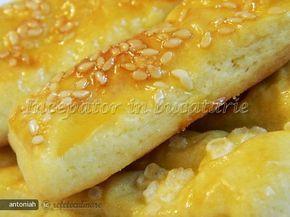 Reteta culinara Saratele (din Cartofi) din Carte de bucate, Produse de panificatie si patiserie. Specific Romania. Cum sa faci Saratele (din Cartofi)