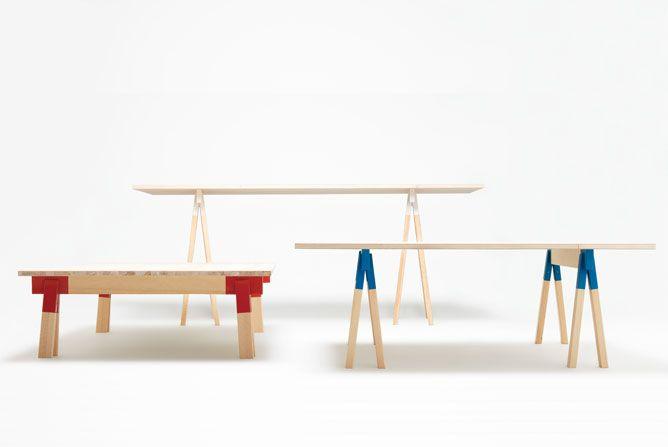 Svenske TAF står bag disse utraditionelle bukke. Tre forskellige størrelser og farver. Blandingen af træ og metal virker rigtig godt. Læs mere på Designboom.com