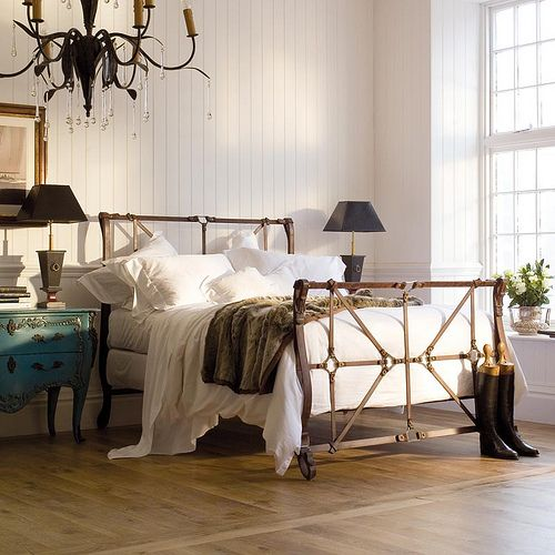 Best And So To Bed Handel Luxury Metal Bed With Cast Iron 400 x 300