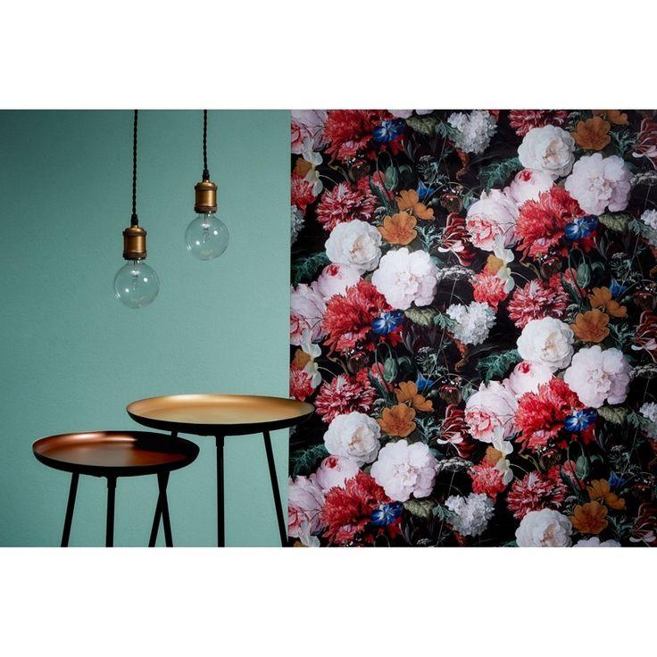 Ga voor de botanische trend en kies voor behang met natuurlijke prints óf kies een opvallend behang en combineer deze met botanische posters! #kwantumbelgie #kwantum #botanisch #botanischetrend #behang #behanginspiratie