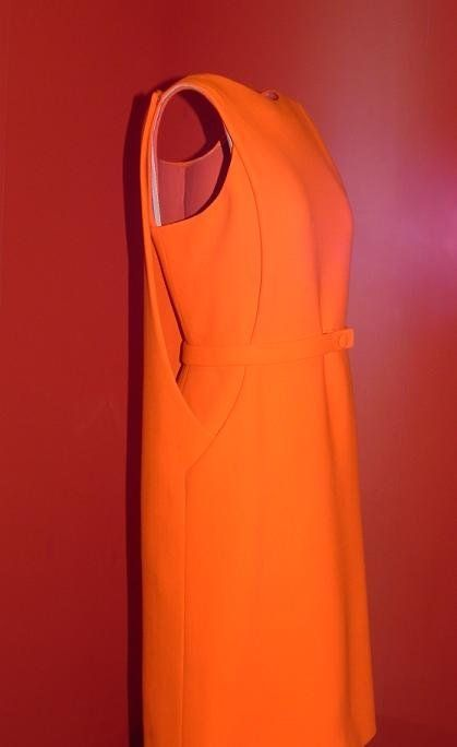 balenciaga vestido naranja- One of my most favorite of his creations!  DIE!