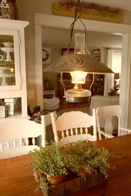 Love the table top, chairs and centerpiece!
