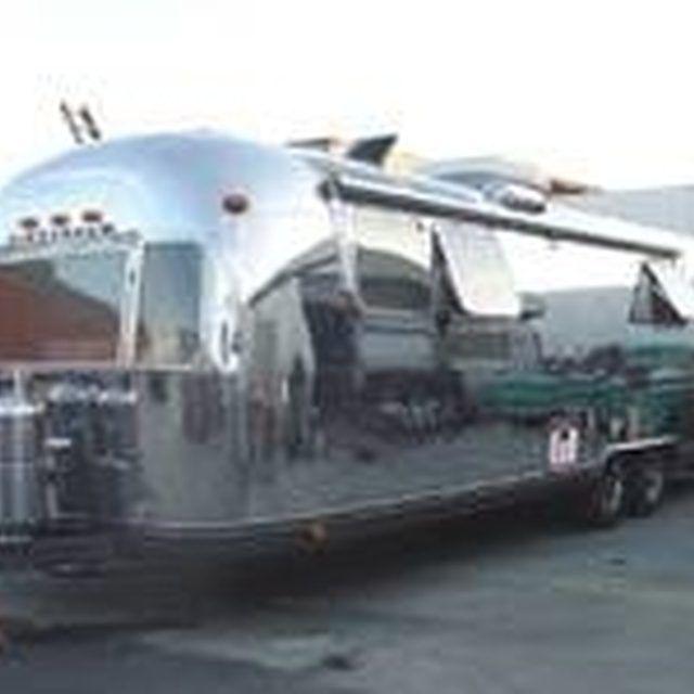 Restore Airstream Travel Trailers